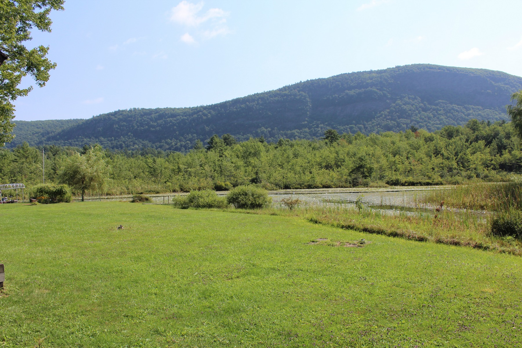 Additional photo for property listing at 44 Quinn Cove Road, Wells 44 Quinn Cove Rd Wells, Vermont 05744 United States