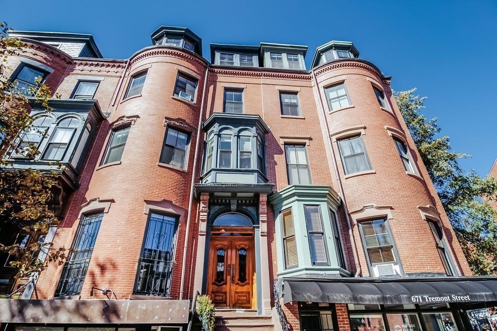 Copropriété pour l Vente à 673 Tremont Street 7, Boston 673 Tremont St 7 Boston, Massachusetts, 02118 États-Unis