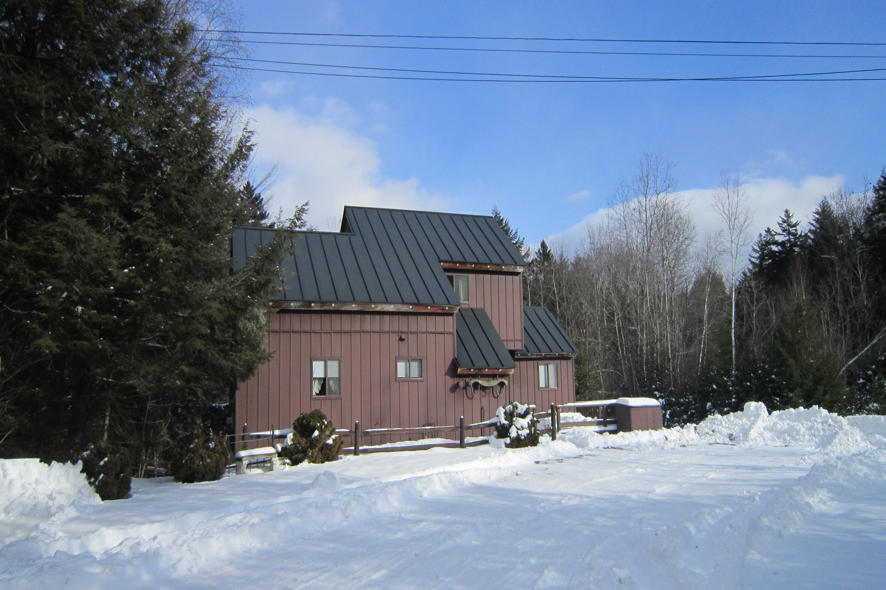 Moradia para Venda às Great Location! Between Okemo & Killington 1212 Dublin Rd Plymouth, Vermont, 05149 Estados Unidos