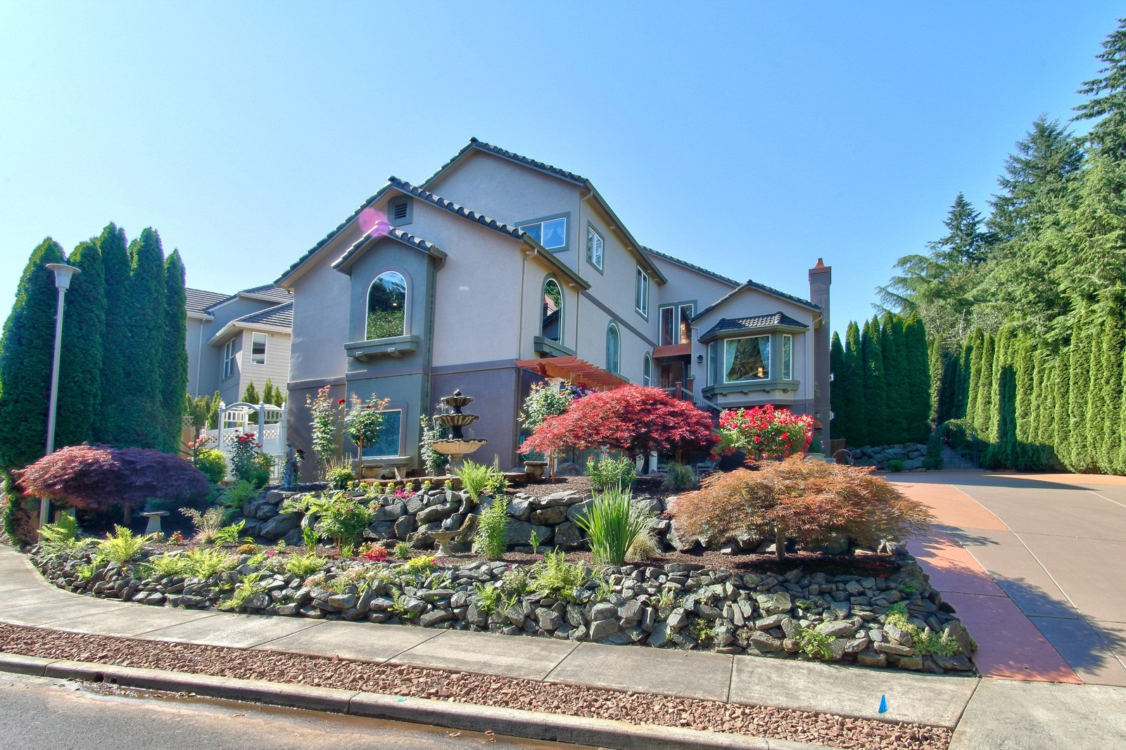 Nhà ở một gia đình vì Bán tại 1875 TEAKWOOD CIR, CANBY 1875 N TEAKWOOD Cir Canby, Oregon 97013 Hoa Kỳ