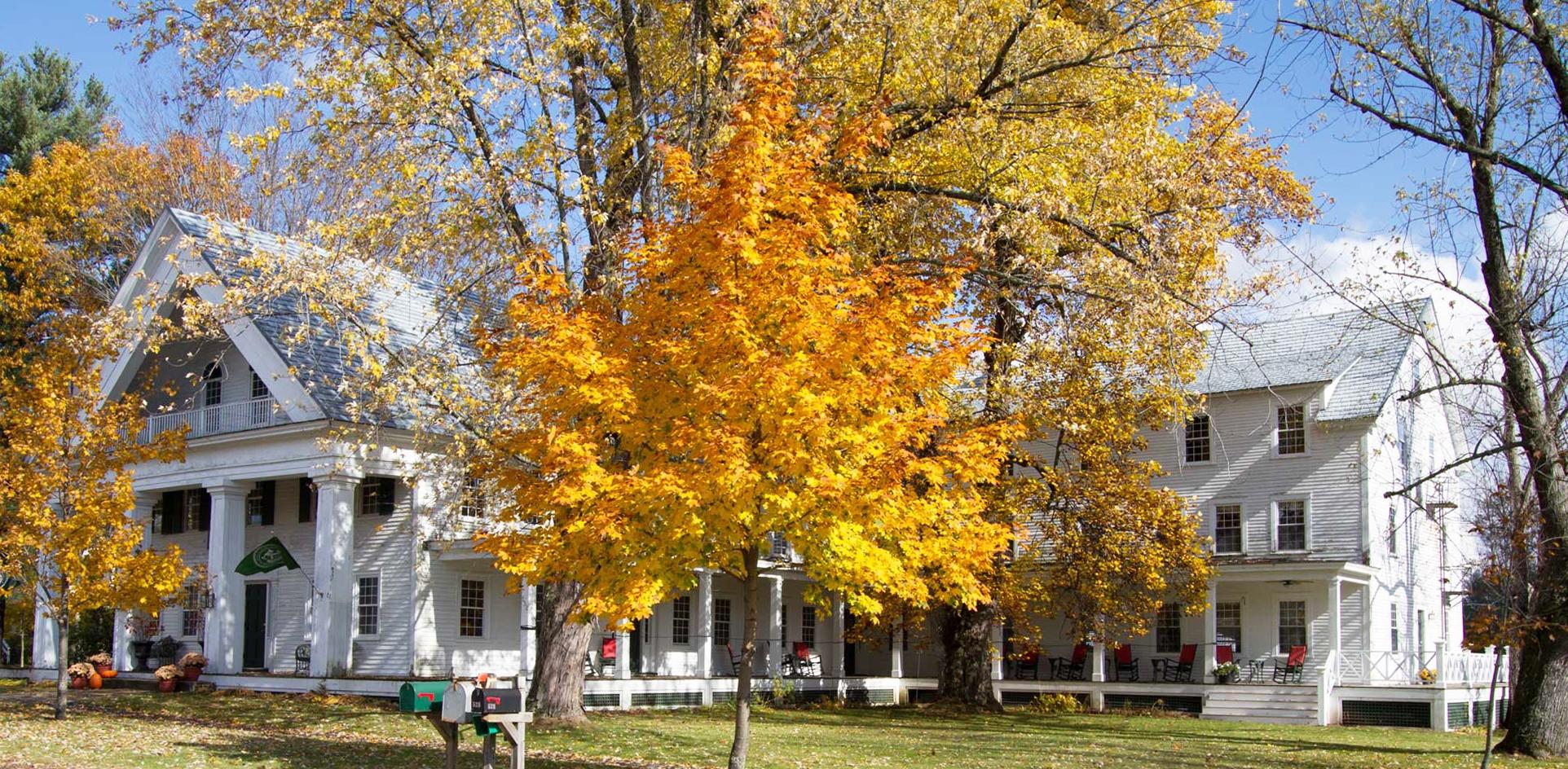 Частный односемейный дом для того Продажа на 532 Canaan St, Canaan Canaan, Нью-Гэмпшир 03741 Соединенные Штаты