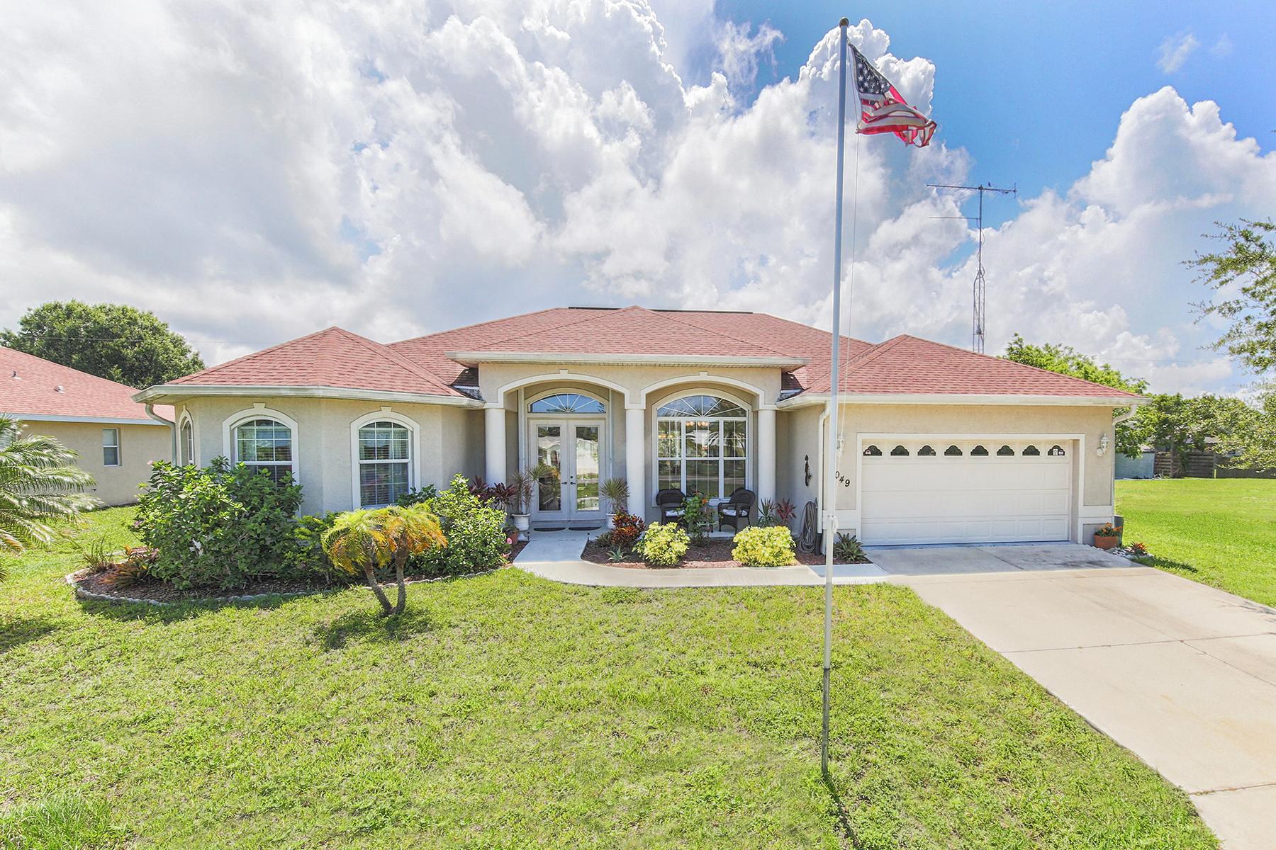 단독 가정 주택 용 매매 에 ENGLEWOOD 1049 Old Englewood Rd Englewood, 플로리다, 34223 미국