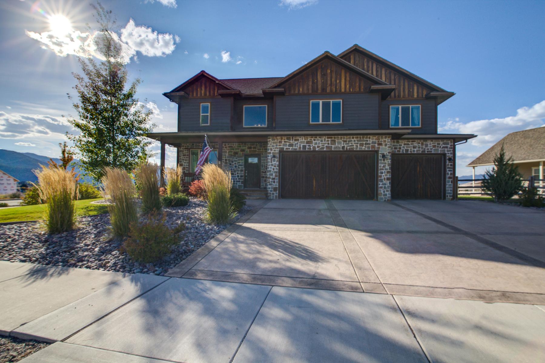 Maison unifamiliale pour l Vente à 2901 Rustler Dr , Missoula, MT 59808 2901 Rustler Dr Missoula, Montana, 59808 États-Unis