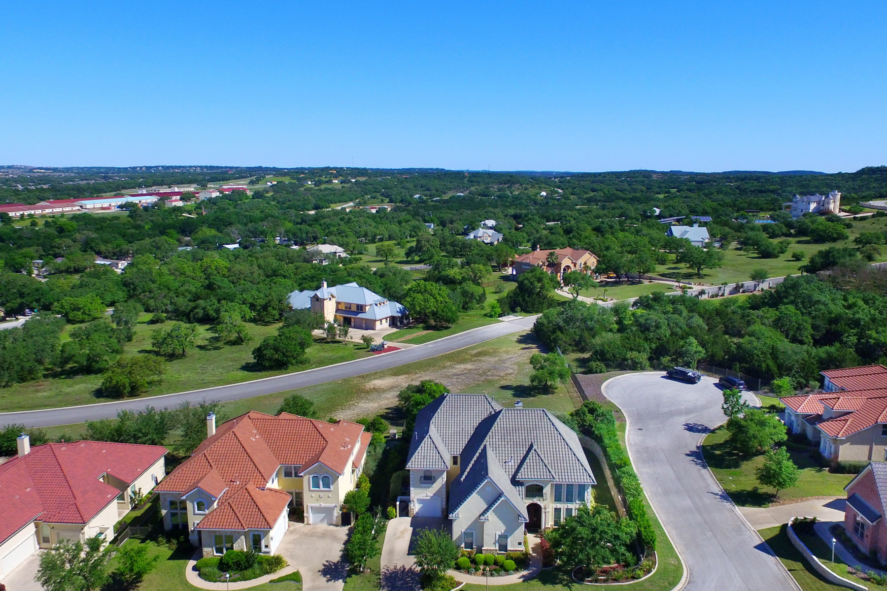 Additional photo for property listing at Exquisite Home in The Dominion 7450 Hovingham San Antonio, Texas 78257 United States