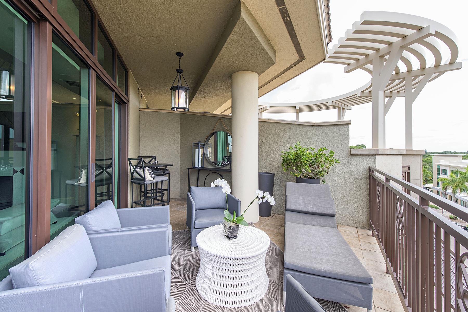 Condomínio para Venda às 9123 Strada Pl , 7510, Naples, FL 34108 9123 Strada Pl 7510 Naples, Florida 34108 Estados Unidos