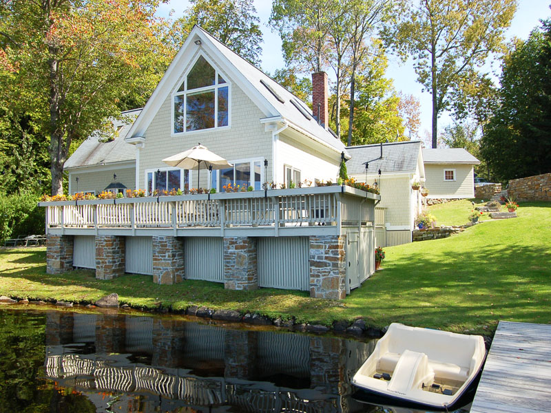 Single Family Home for Sale at Crescent Lake Waterf 206 Crescent Lake Rd Acworth, New Hampshire 03601 United States