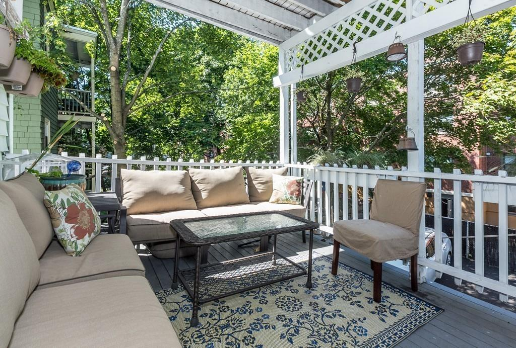 Nhà chung cư vì Bán tại 141 South #2, Boston 141 South St #2 Boston, Massachusetts, 02130 Hoa Kỳ