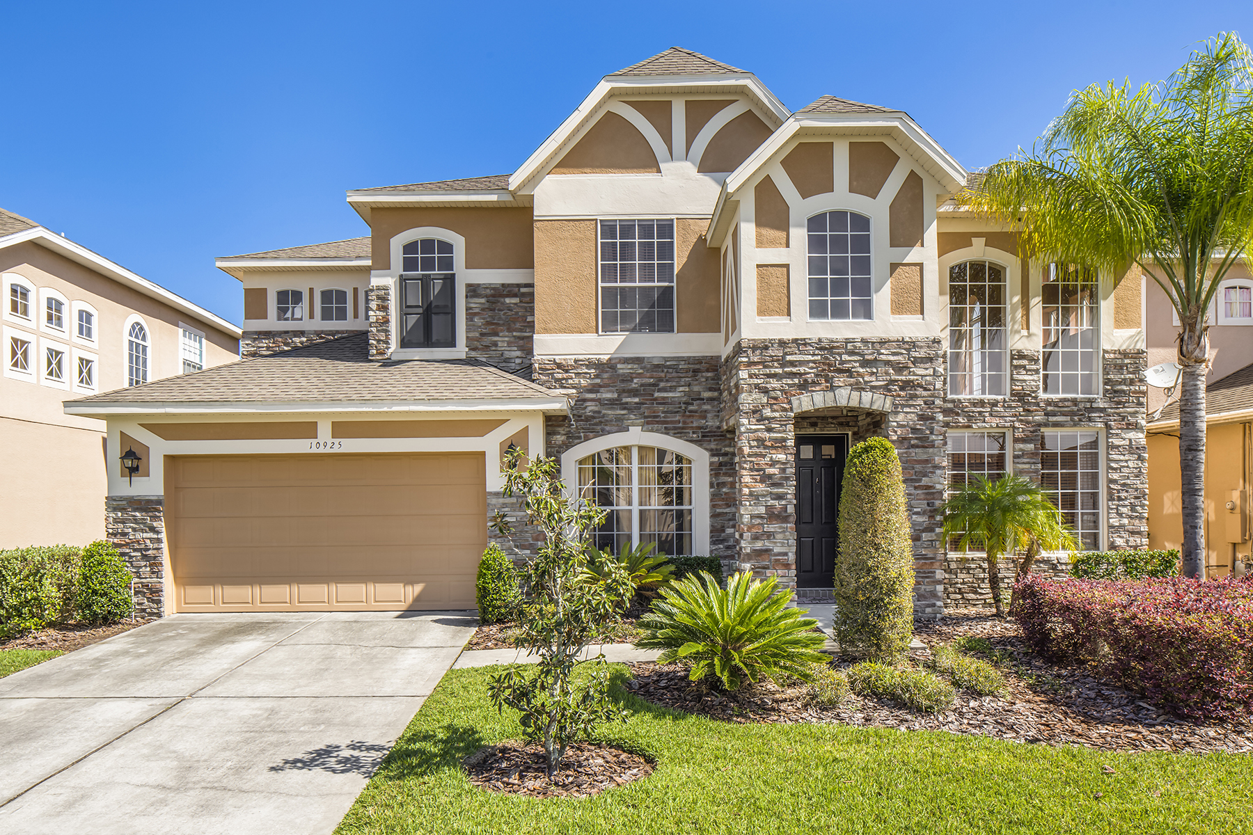 Single Family Home for Sale at 10925 Autumn Song Ct , Orlando, FL 32825 10925 Autumn Song Ct Orlando, Florida, 32825 United States