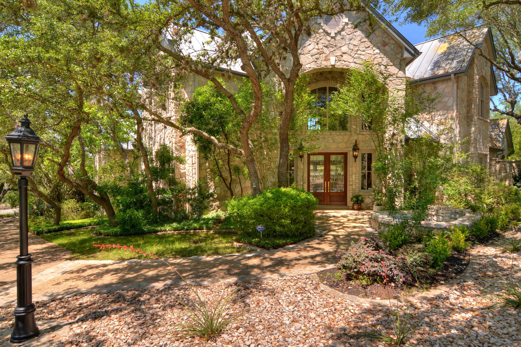 Single Family Home for Sale at Elegant Home in The Dominion 5 Whitechurch Ln The Dominion, San Antonio, Texas, 78257 United States