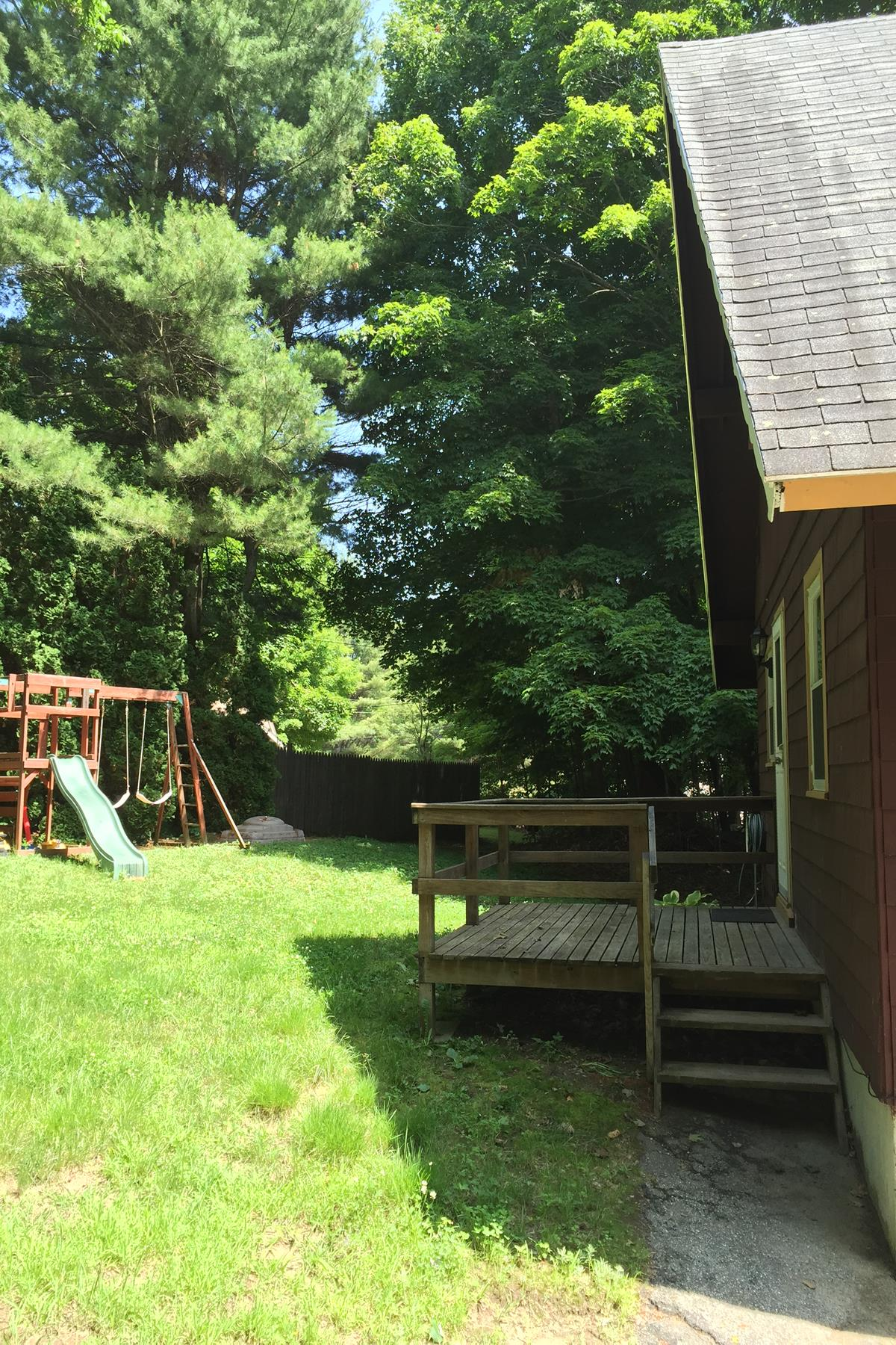 Single Family Home for Sale at 10 Perry Court Ct, Newbury Newbury, New Hampshire 03255 United States