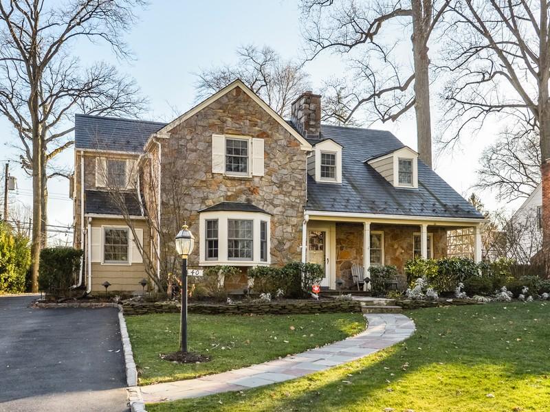 一戸建て のために 売買 アット Colonial 40 Sunset Dr Manhasset, ニューヨーク 11030 アメリカ合衆国
