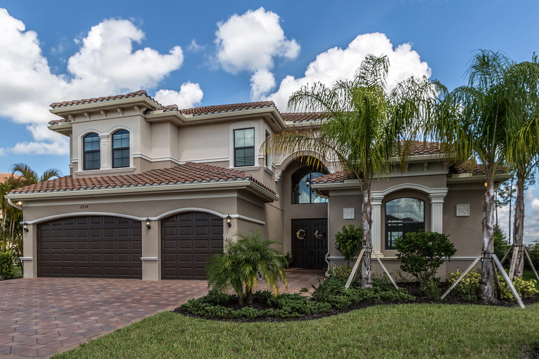 Maison unifamiliale pour l Vente à RIVERSTONE 2934 Cinnamon Bay Cir Naples, Florida, 34119 États-Unis