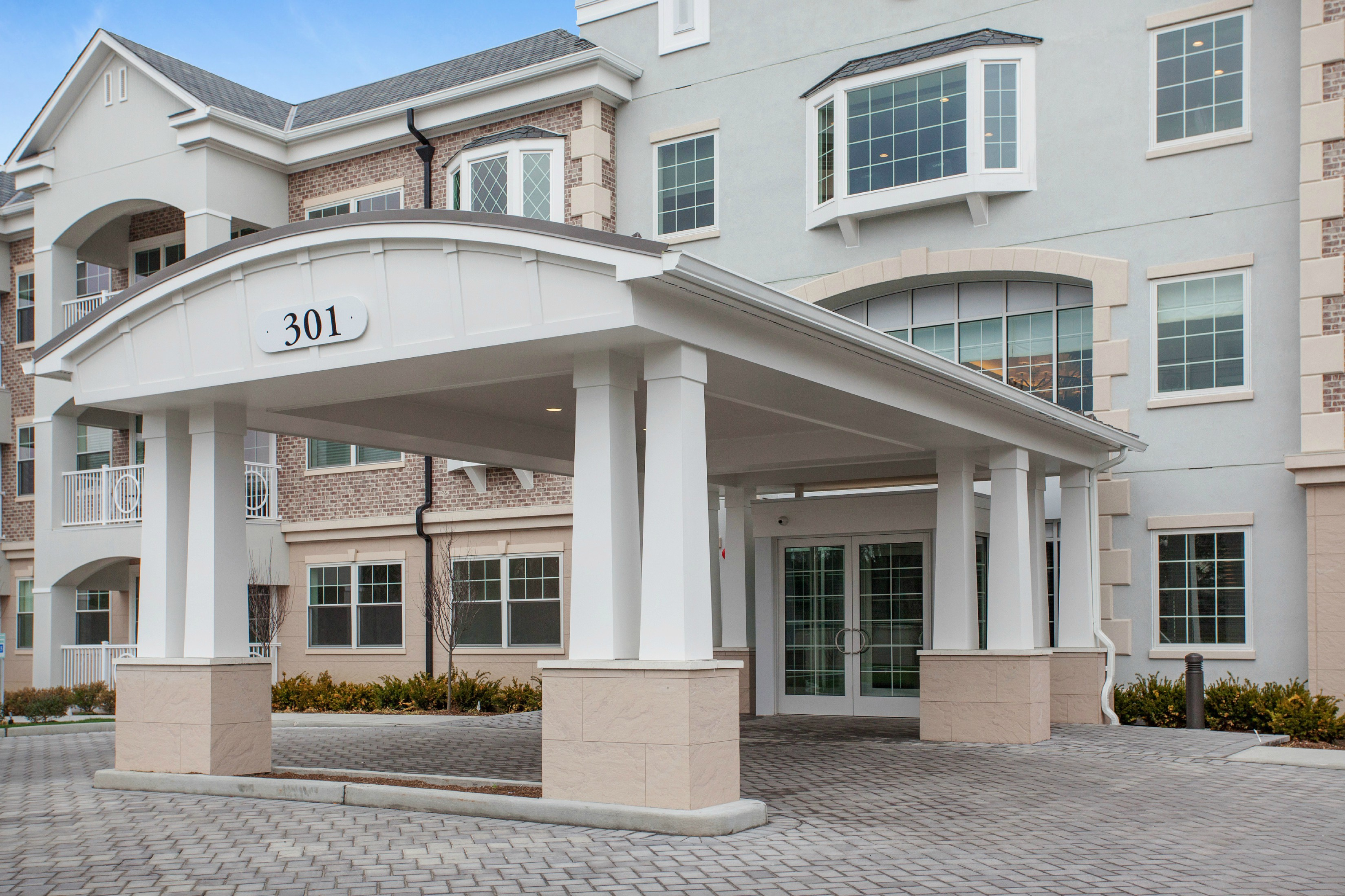 Condominium for Sale at Condo 301 Franklin Ave 2 202 Garden City, New York, 11530 United States