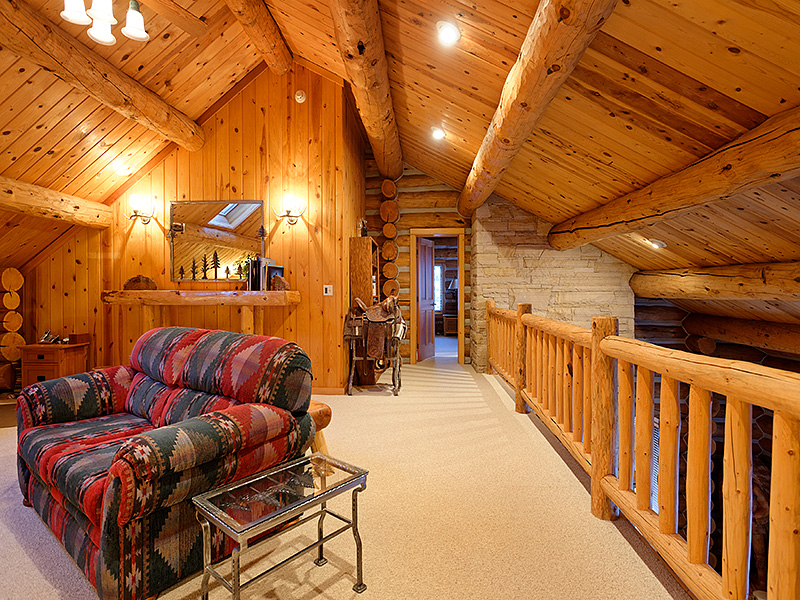 Property Of Peaceful Log Retreat On 16 Acres