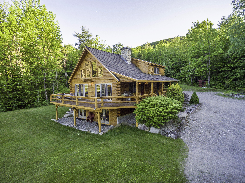 단독 가정 주택 용 매매 에 Lovely Lakes Region Log home on 219 Acres 314 Hobart Hill Rd Hebron, 뉴햄프셔, 03241 미국