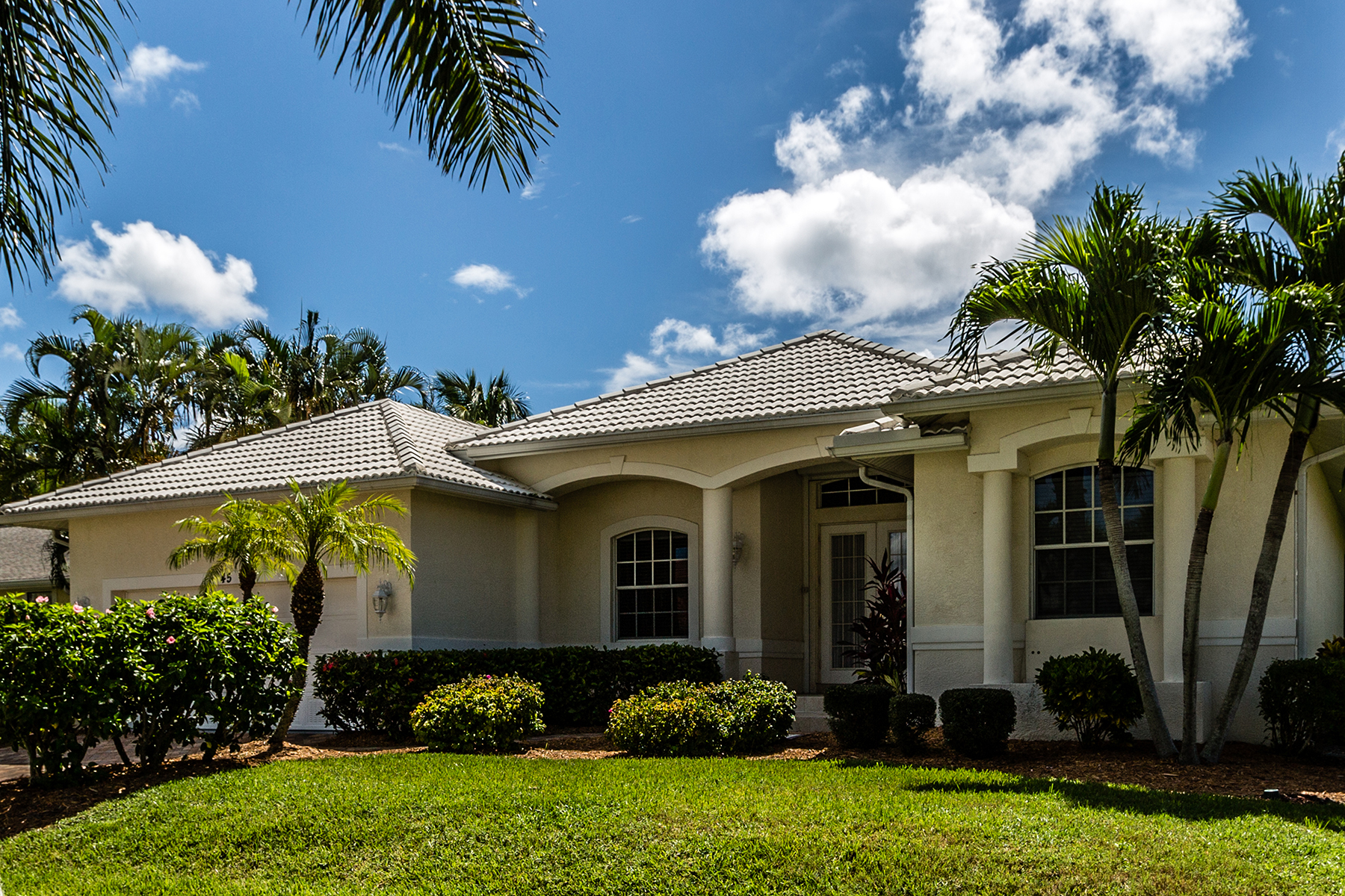sales property at MARCO ISLAND - ALGONQUIN COURT