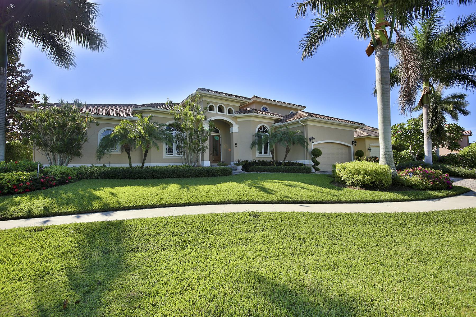 Villa per Vendita alle ore MARCO ISLAND - SOUTH SEAS COURT 149 S Seas Ct Marco Island, Florida 34145 Stati Uniti