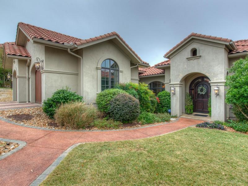 Single Family Home for Sale at 6713 Valburn Dr, Austin Austin, Texas 78731 United States