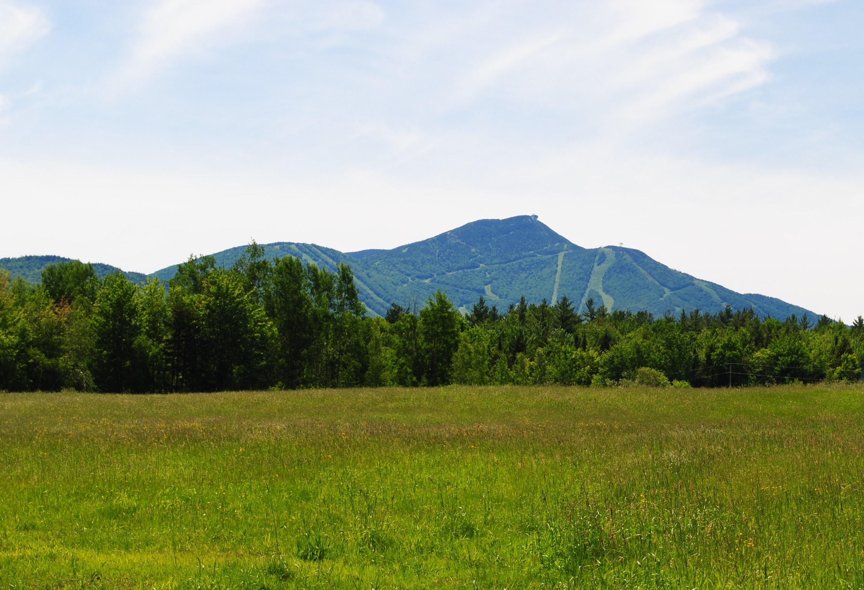 Terreno por un Venta en Jay Peak Land 00 Rt 101 And 242 Troy, Vermont 05859 Estados Unidos