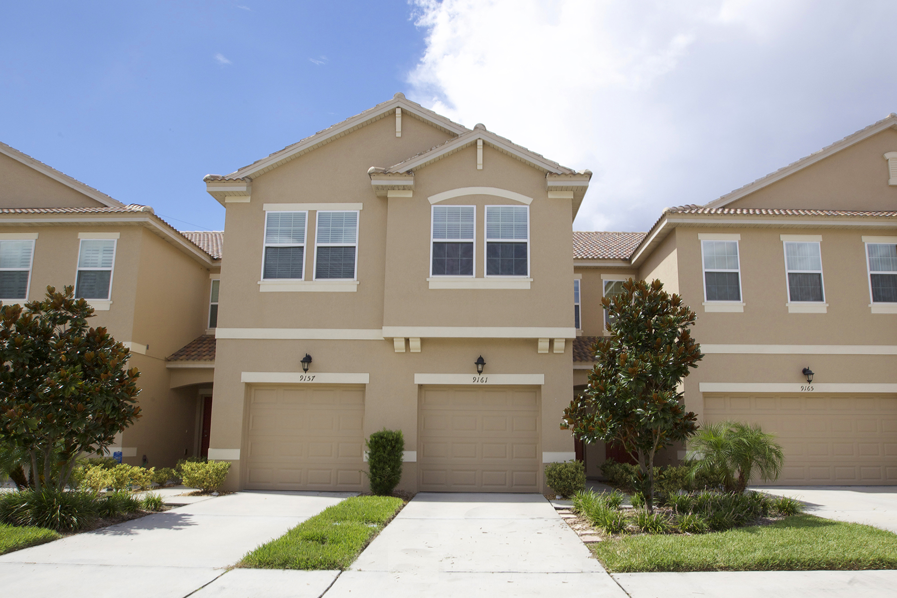 Townhouse for Sale at SOMERSET CHASE 9161 Shepton St Orlando, Florida, 32825 United States