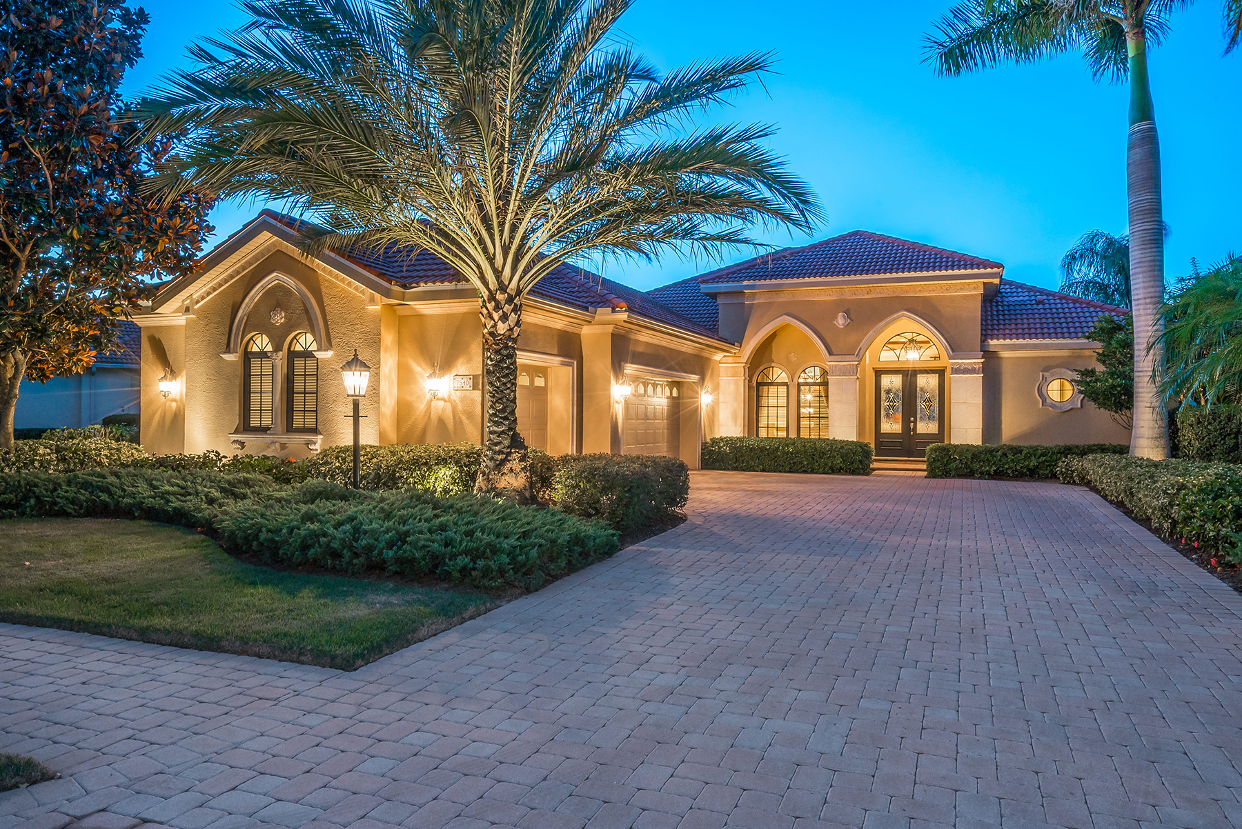 Single Family Home for Sale at LAKEWOOD RANCH COUNTRY CLUB 7510 Mizner Reserve Ct Lakewood Ranch, Florida, 34202 United States