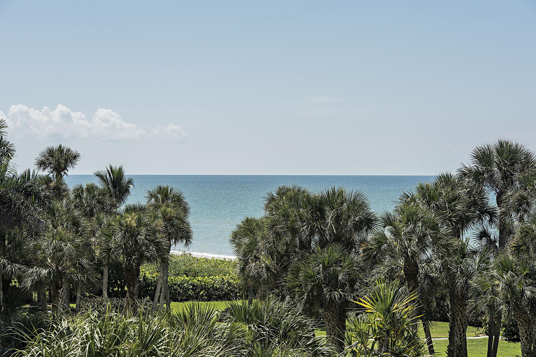 Copropriété pour l Vente à VANDERBILT BEACH - VANDERBILT GULFSIDE 10951 Gulf Shore Dr 301 Naples, Florida, 34108 États-Unis