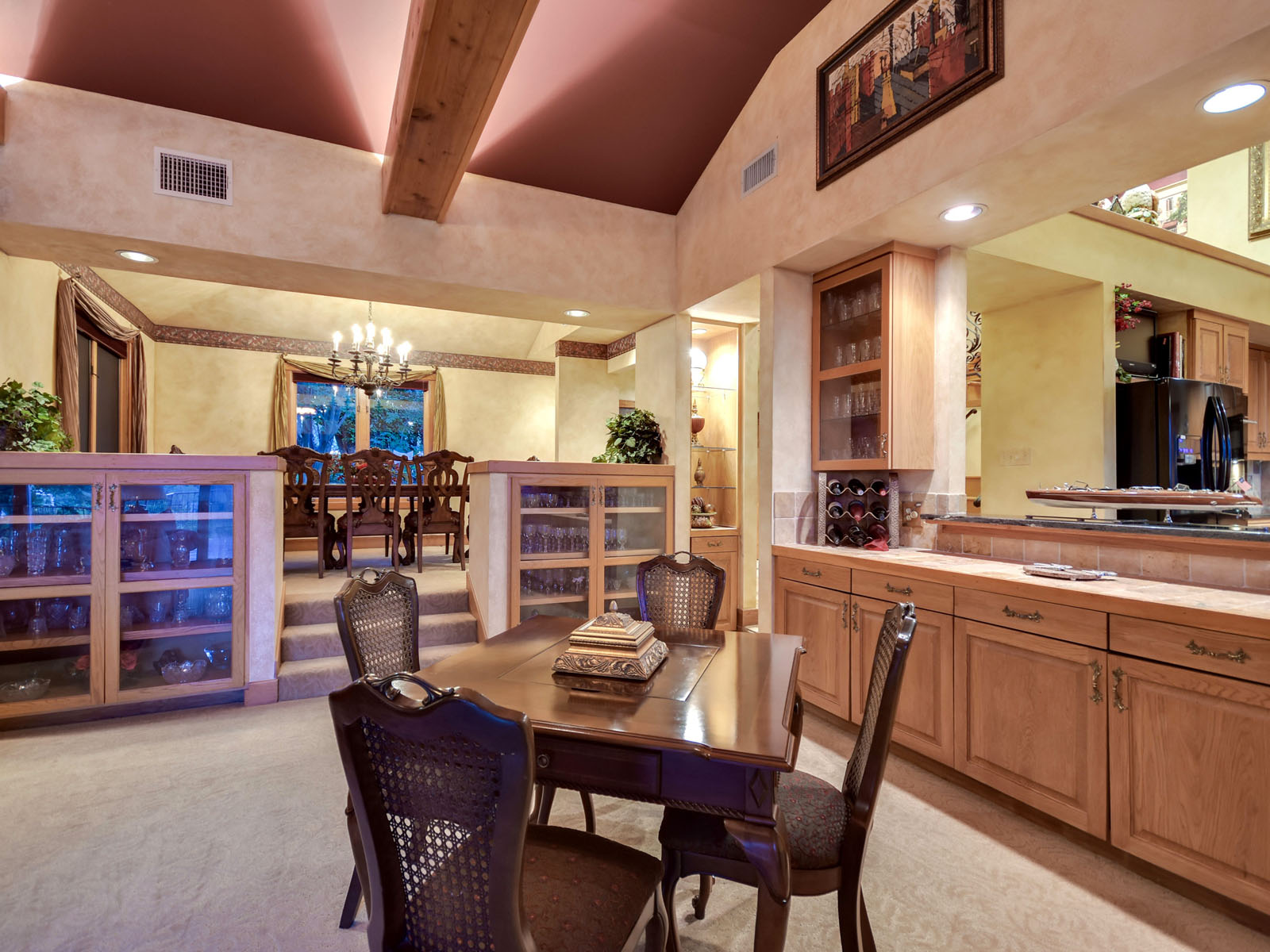 Additional photo for property listing at The Ideal Retreat 2703 Sailboat Pass Spicewood, Texas 78669 Estados Unidos
