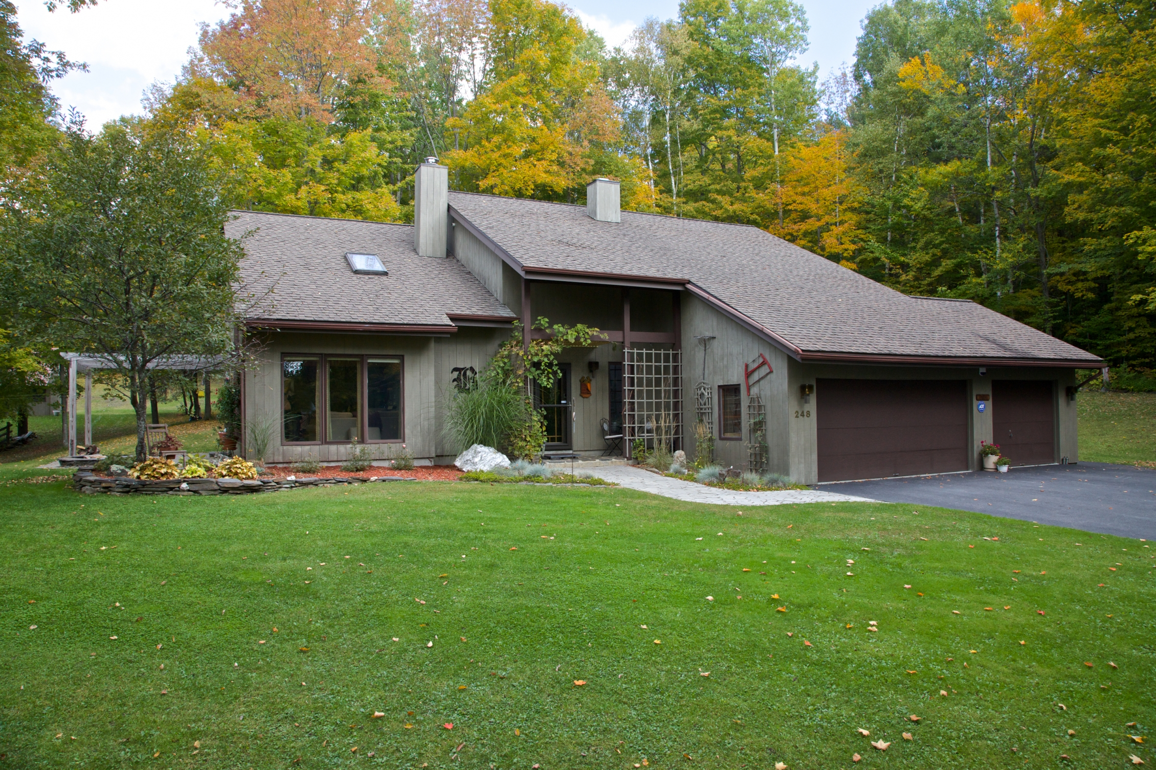 Maison unifamiliale pour l Vente à 248 Windywood Road, Barre Town 248 Windywood Rd Barre, Vermont 05641 États-Unis