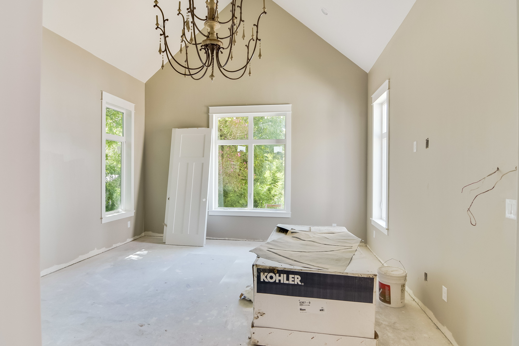 Additional photo for property listing at Gorgeous New Construction in Terrell Hills 1016 Garraty Rd San Antonio, Texas 78209 Estados Unidos