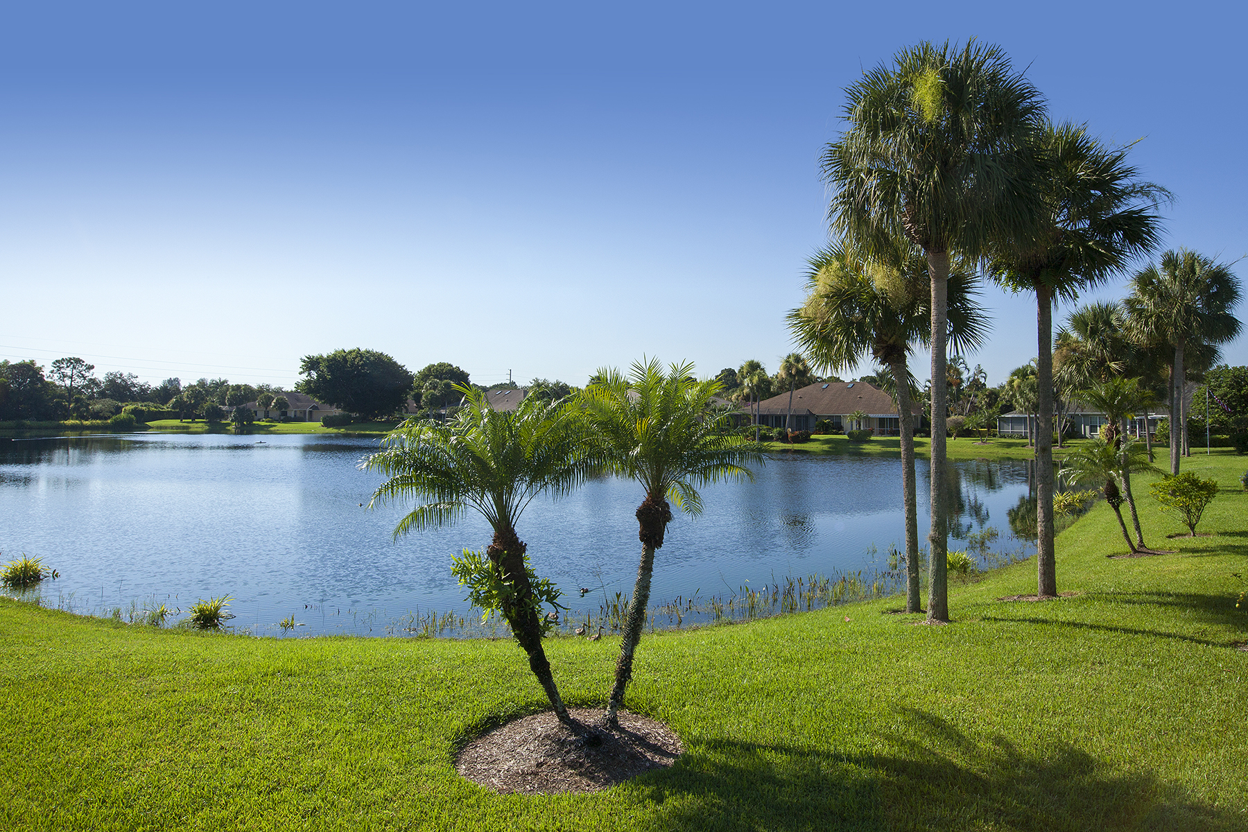 Additional photo for property listing at IMPERIAL GOLF ESTATES - PARK PLACE WEST 1200  Imperial Dr 25 Naples, Florida 34110 United States