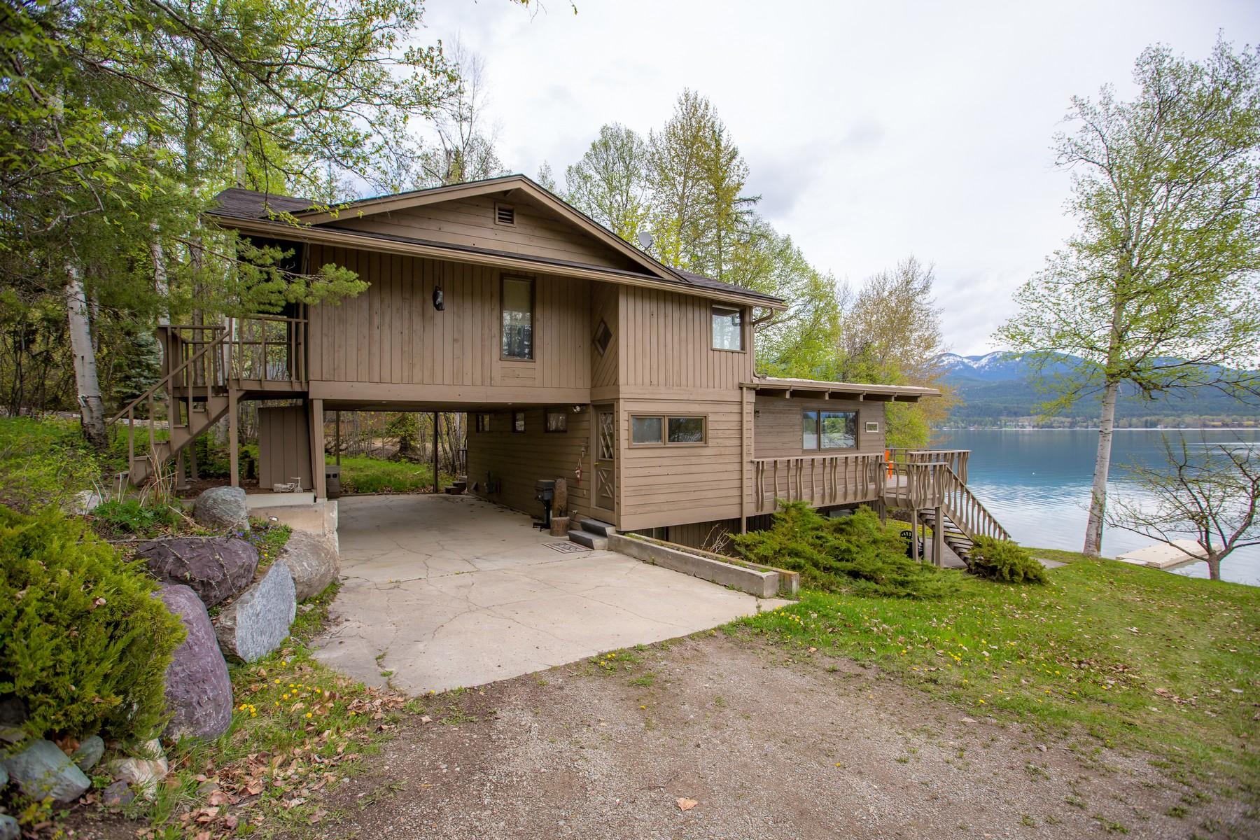 Maison unifamiliale pour l Vente à 1504 W Lakeshore Dr , Whitefish, MT 59937 Whitefish, Montana, 59937 États-Unis
