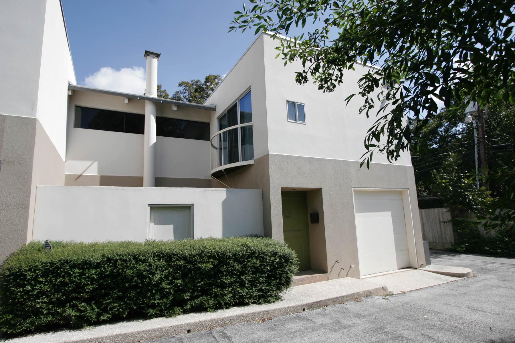 Condominio por un Alquiler en Unique Condo in Katherine Court 138 Katherine Ct 3A San Antonio, Texas 78209 Estados Unidos