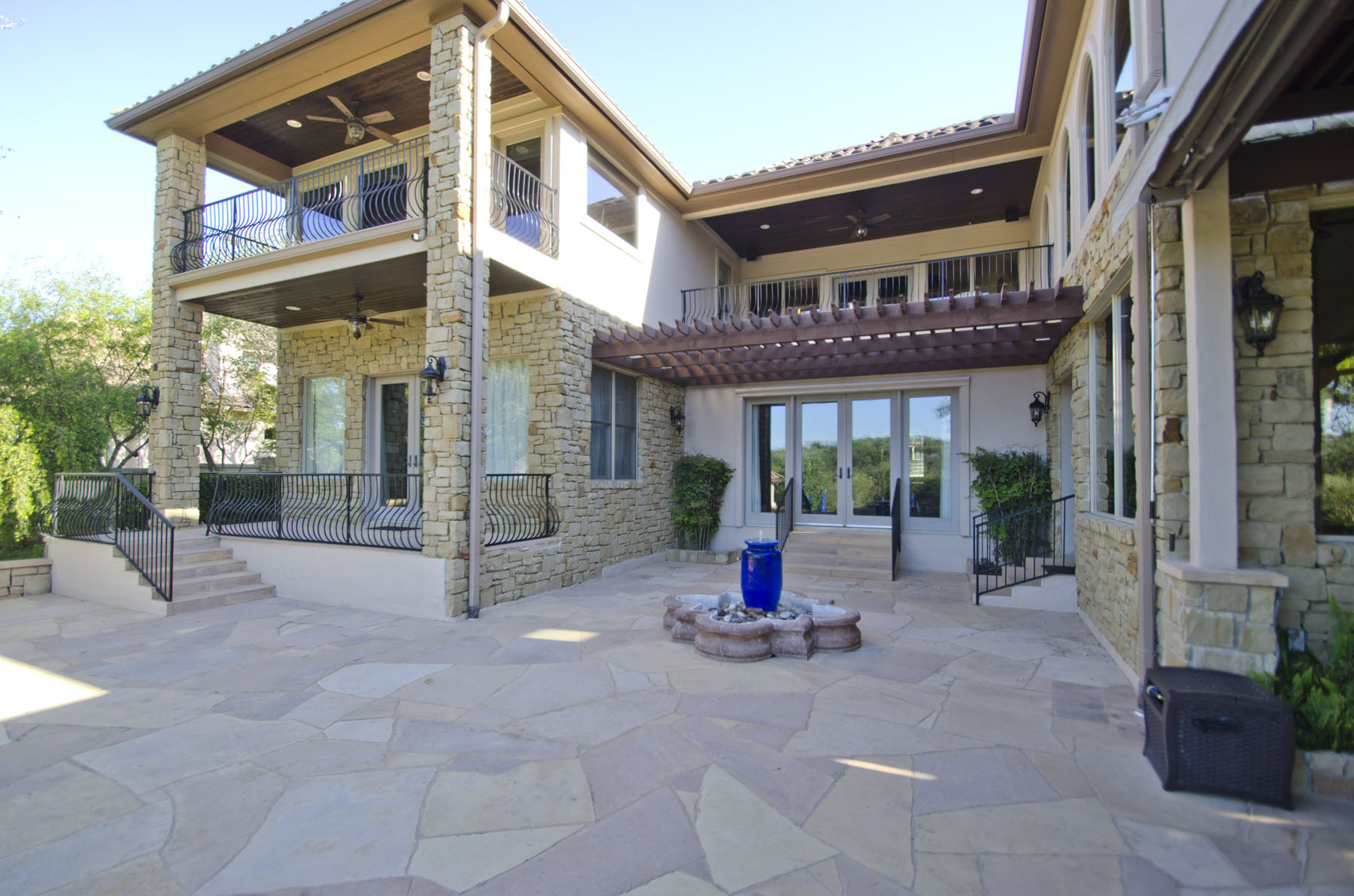 Additional photo for property listing at Private Resort Style Living 105 Bella Cima Dr Austin, Texas 78734 Estados Unidos