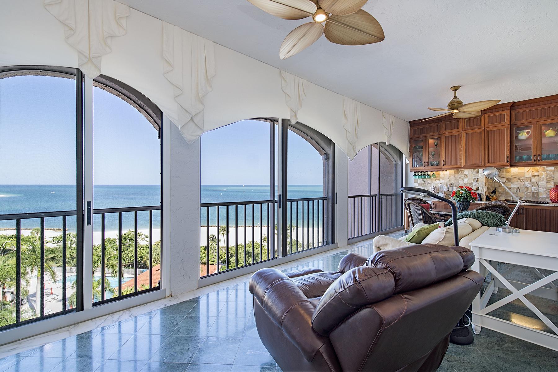 共管物業 為 出售 在 HIDEAWAY BEACH - ROYAL MARCO POINT 3000 Royal Marco Way PH-L Marco Island, 佛羅里達州 34145 美國
