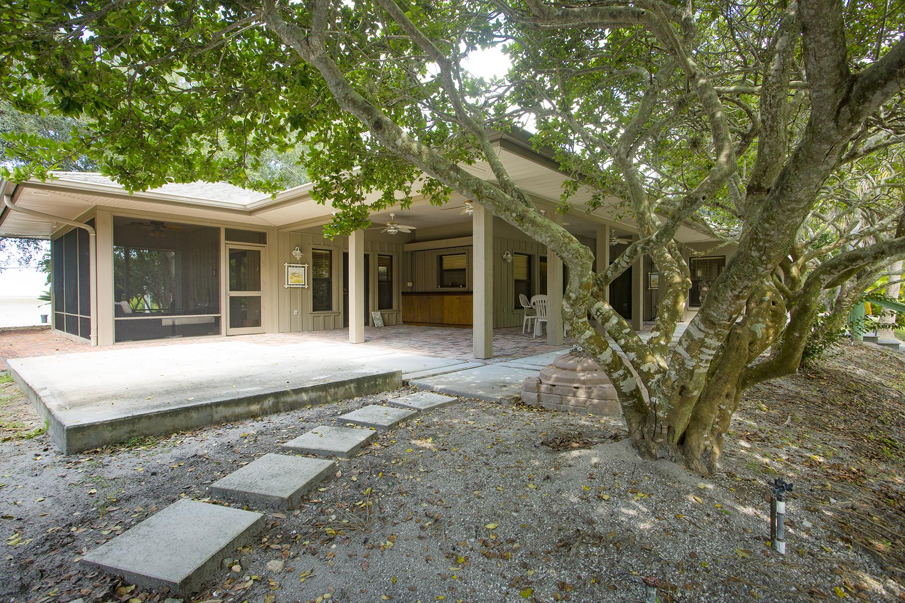 Einfamilienhaus für Verkauf beim PALMETTO 5304 Bay State Rd Palmetto, Florida 34221 Vereinigte Staaten