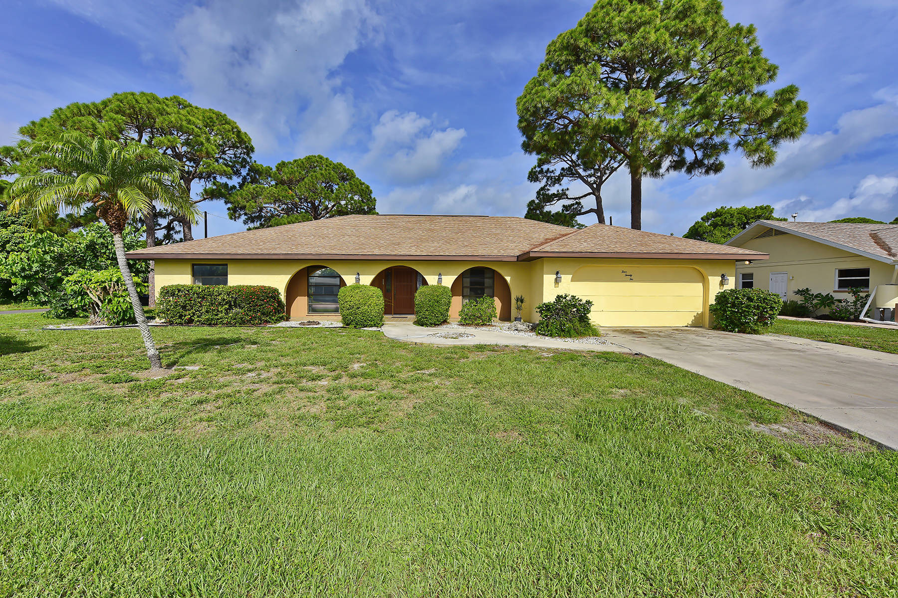 Single Family Home for Sale at BEACH PARK - ISLAND OF VENICE 422 Beach Park Blvd Venice, Florida 34285 United States