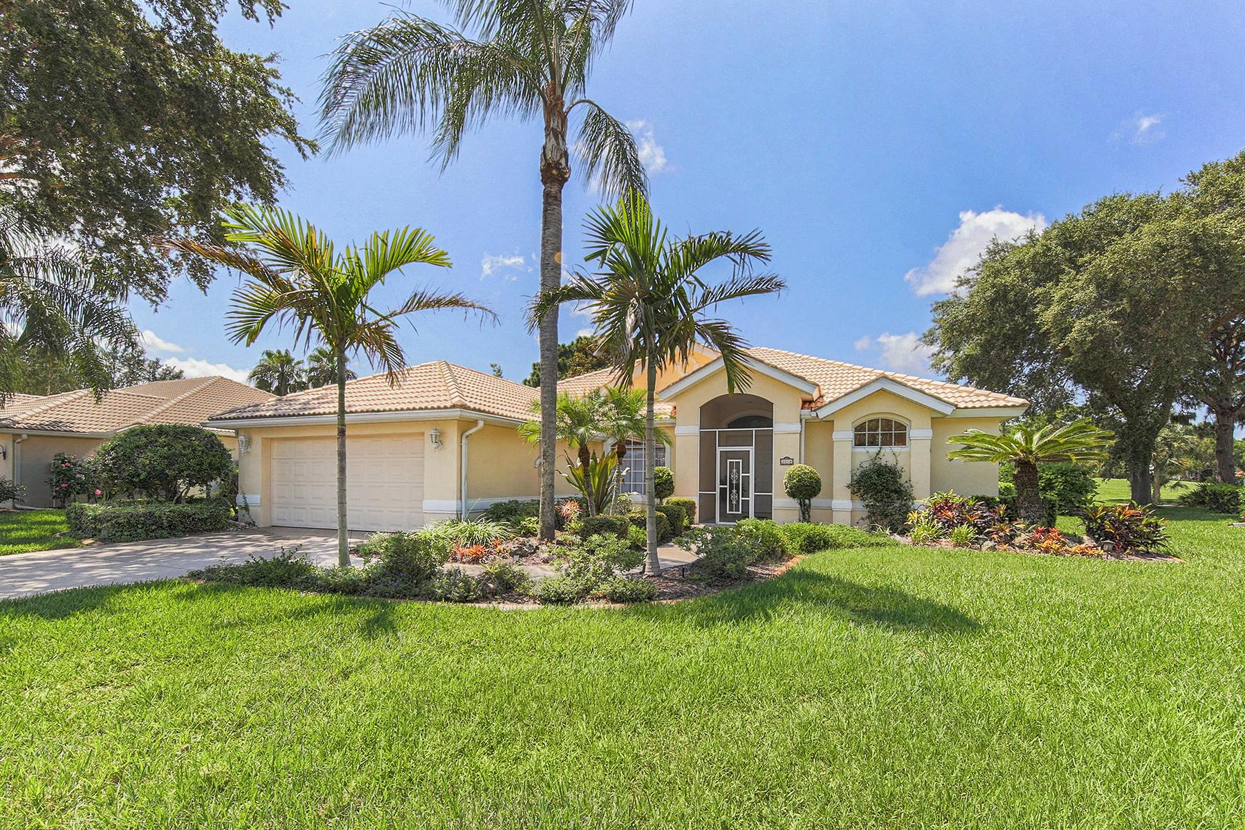 Частный односемейный дом для того Продажа на CALUSA LAKES 2018 White Feather Ln Nokomis, Флорида, 34275 Соединенные Штаты