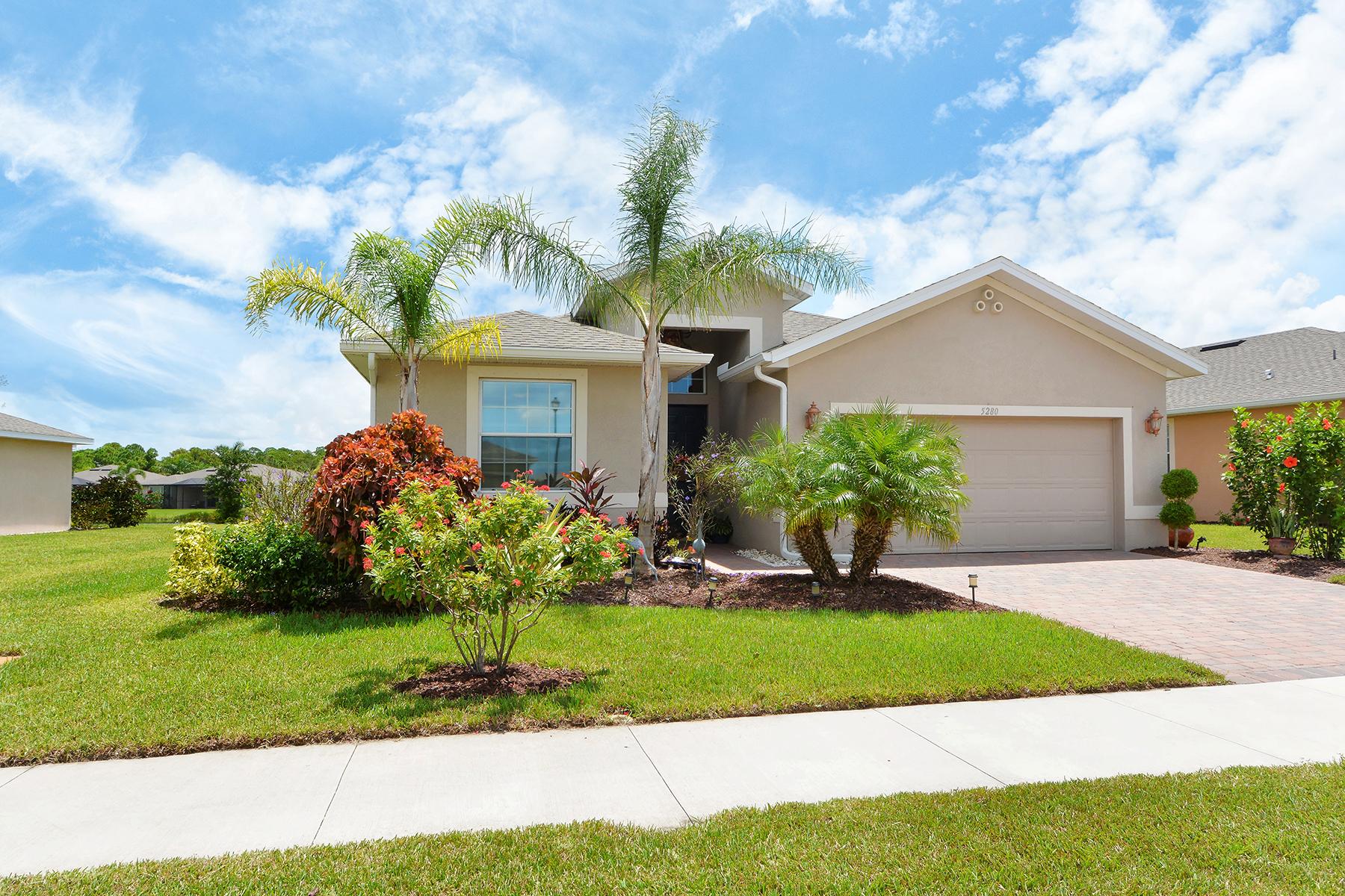 Maison unifamiliale pour l Vente à VENTURA VILLAGE 5280 Canyonland Way Venice, Florida, 34293 États-Unis