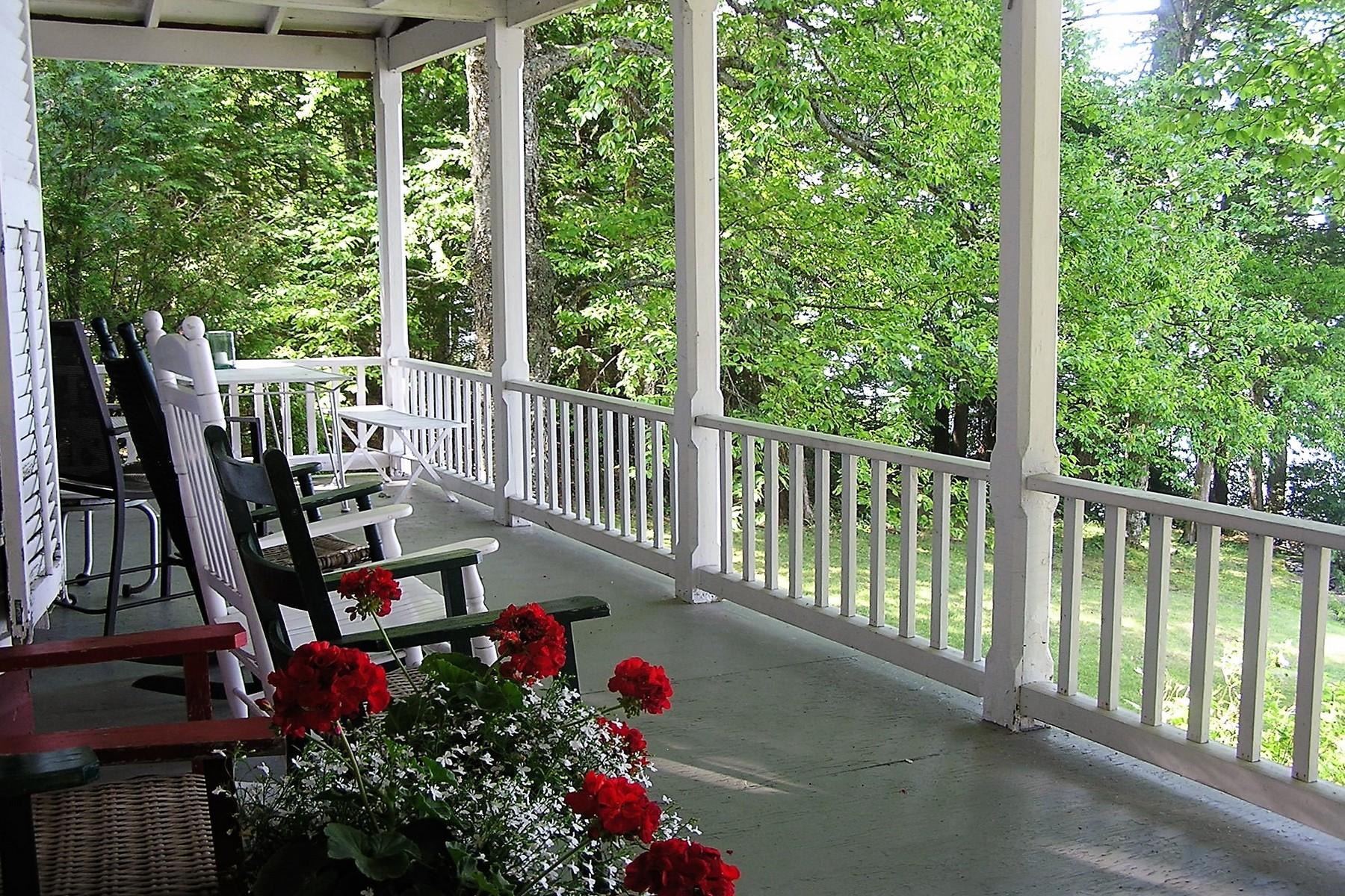 Casa Unifamiliar por un Venta en 137 High Pines, Greensboro Greensboro, Vermont, 05841 Estados Unidos