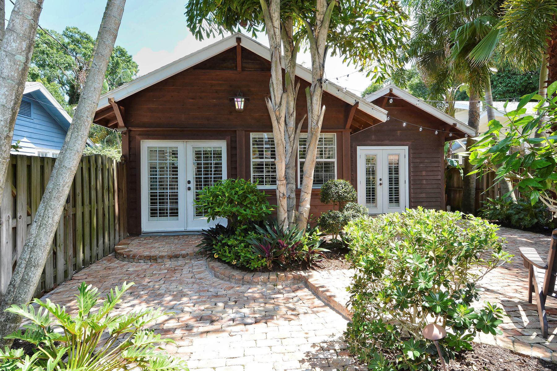 Casa Unifamiliar por un Venta en SOUTHSIDE VILLAGE 1863 Prospect St Southside Village, Sarasota, Florida, 34239 Estados Unidos