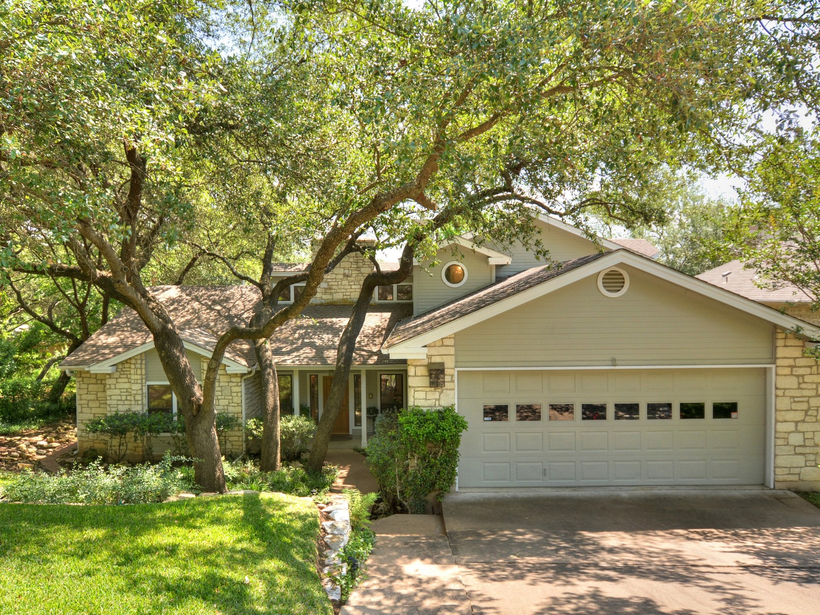 Single Family Home for Sale at Tree Filled Lot 6009 Bon Terra Dr Austin, Texas 78731 United States