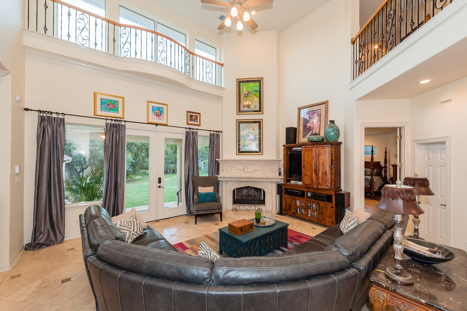 Additional photo for property listing at Abundant Living in Lakeway 926 Vanguard St Lakeway, Texas 78734 Estados Unidos