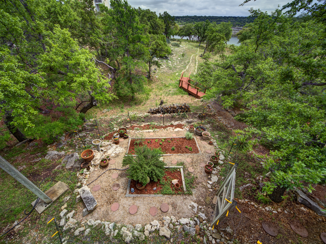 Additional photo for property listing at Lake Travis Waterfront Paradise 23516 Paradise Cv Marble Falls, Texas 78654 Estados Unidos