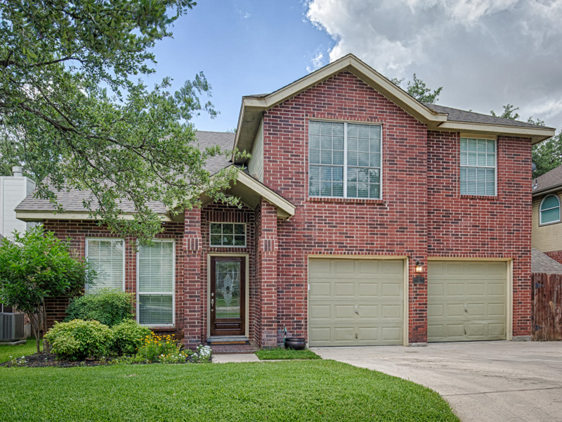 Single Family Home for Sale at Secluded Retreat in The Enclave 4 Aubrey Ct San Antonio, Texas 78216 United States