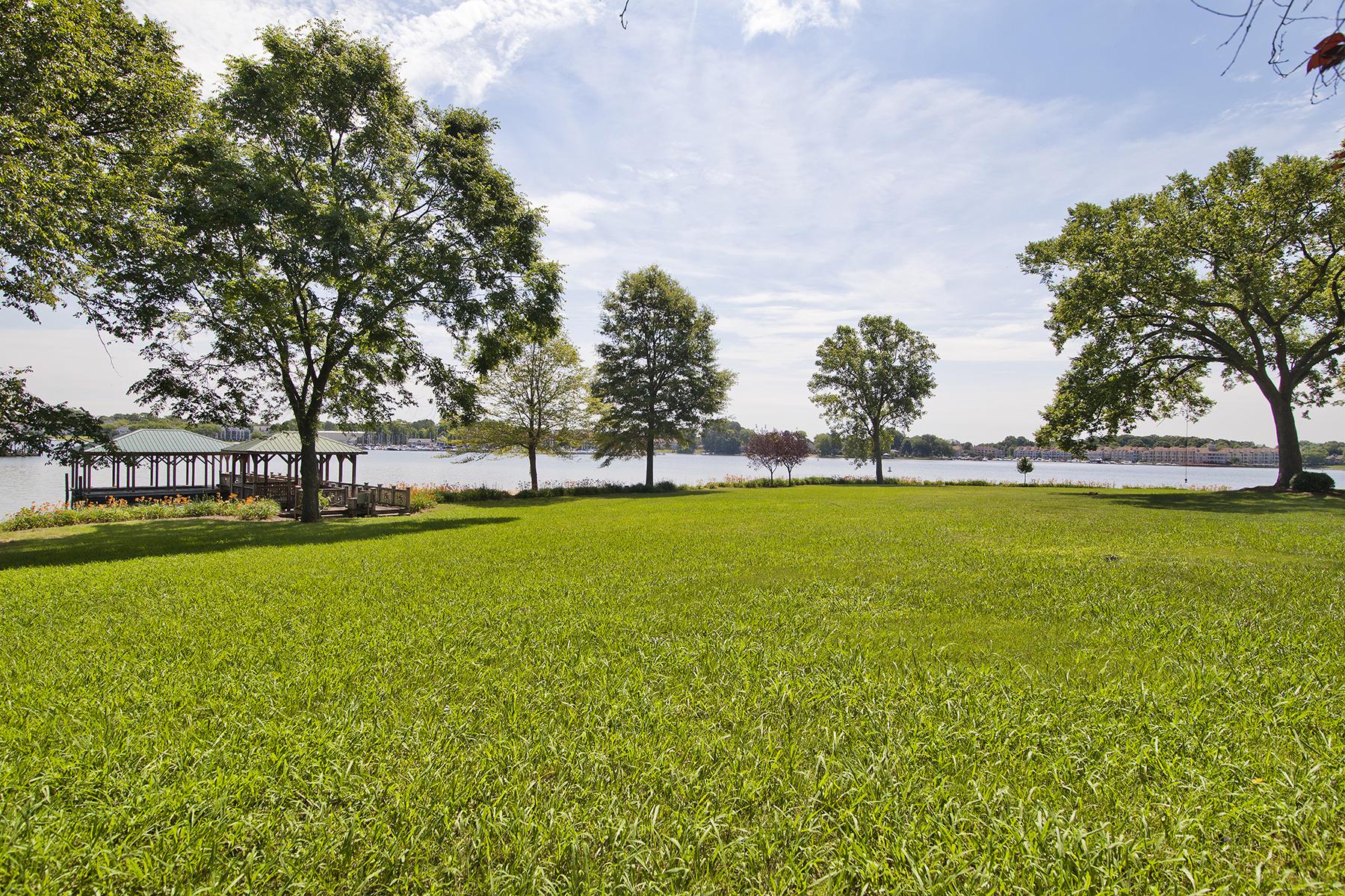 토지 용 매매 에 POINT LARGO 18000 Whispering Oaks Rd Cornelius, 노스캐놀라이나 28031 미국