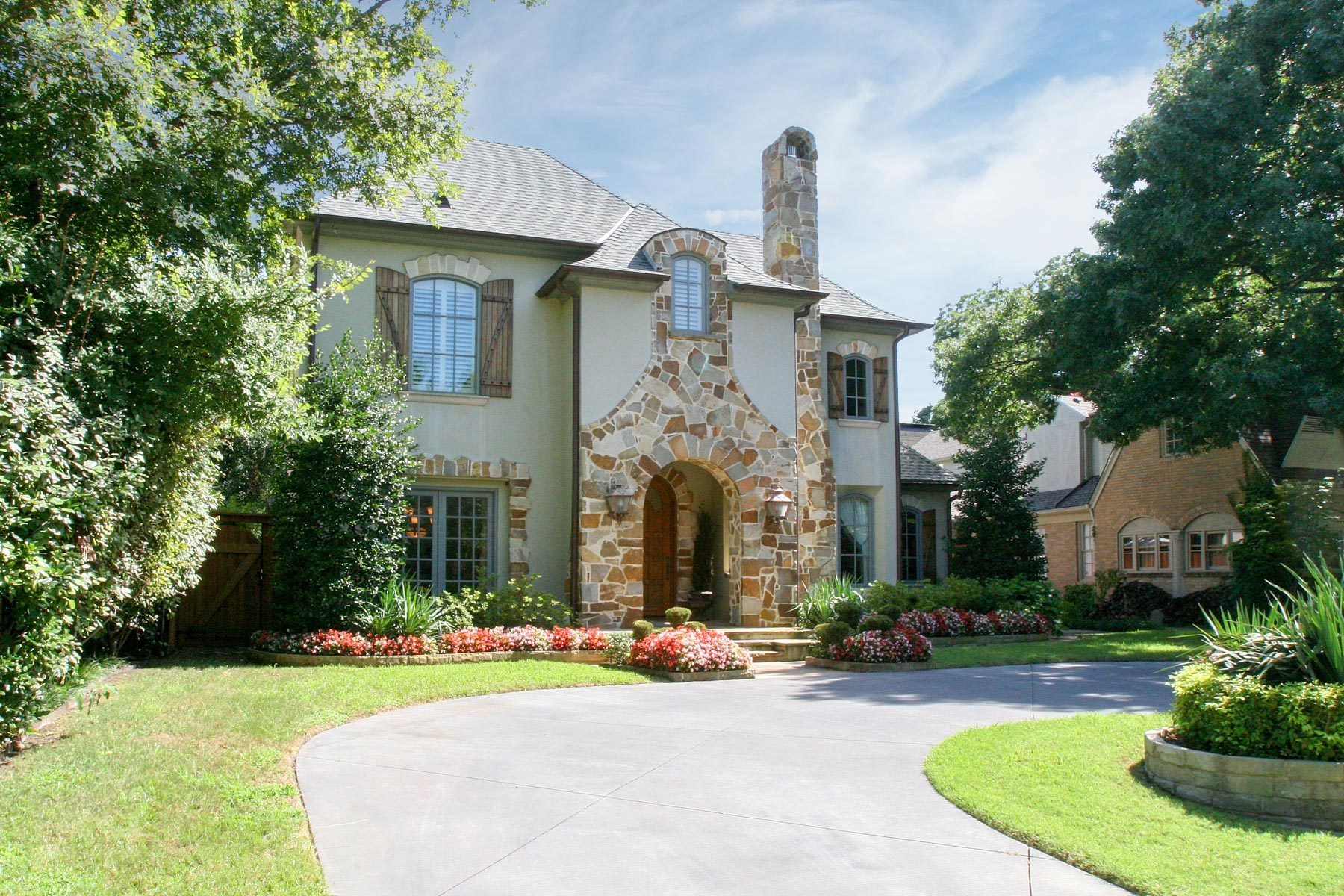 Single Family Home for Sale at 3915 Mcfarlin Boulevard, University Park 3915 Mcfarlin Blvd University Park, Texas, 75205 United States