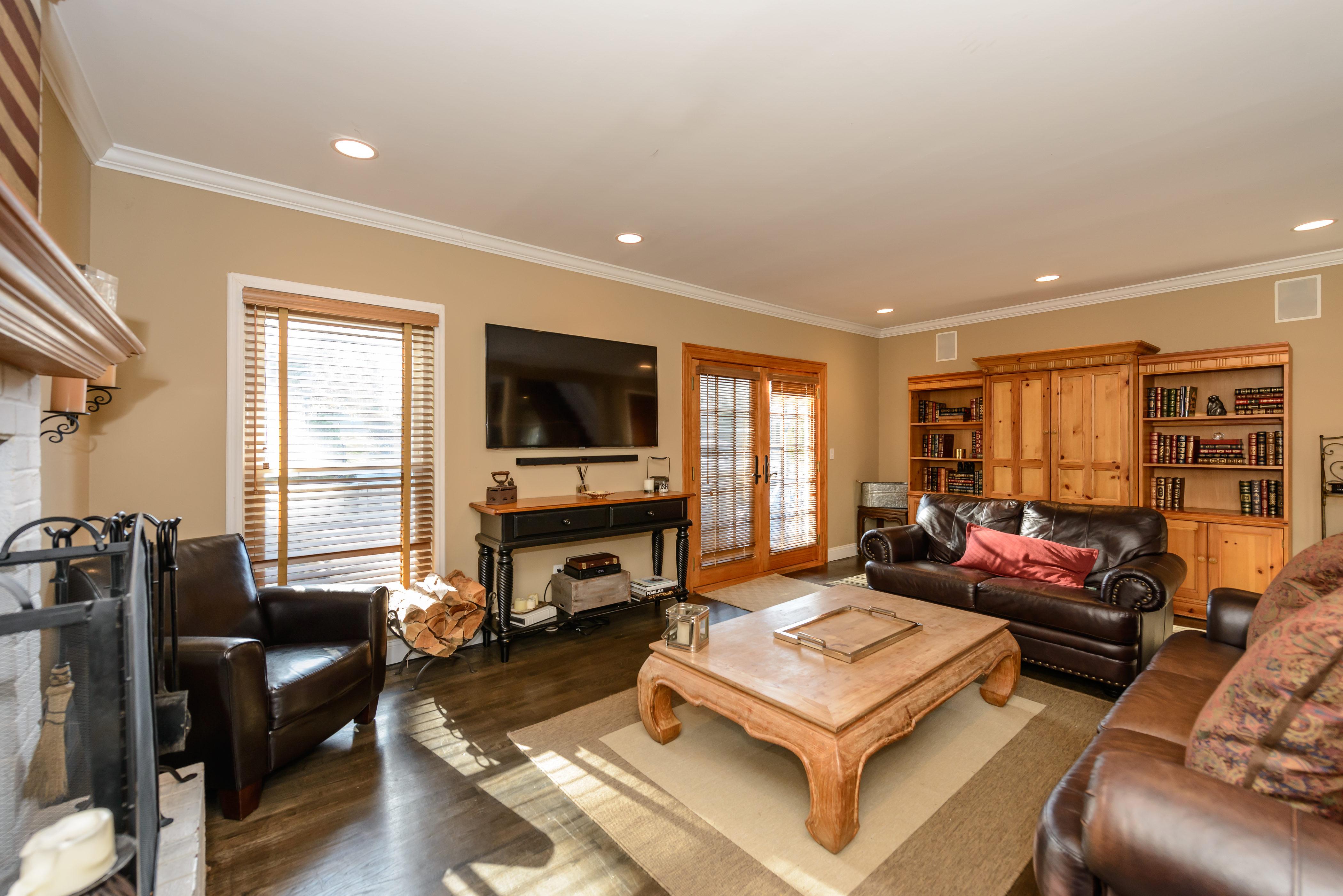 Condominium for Sale at Condo 208 Fen Way Syosset, New York, 11791 United States