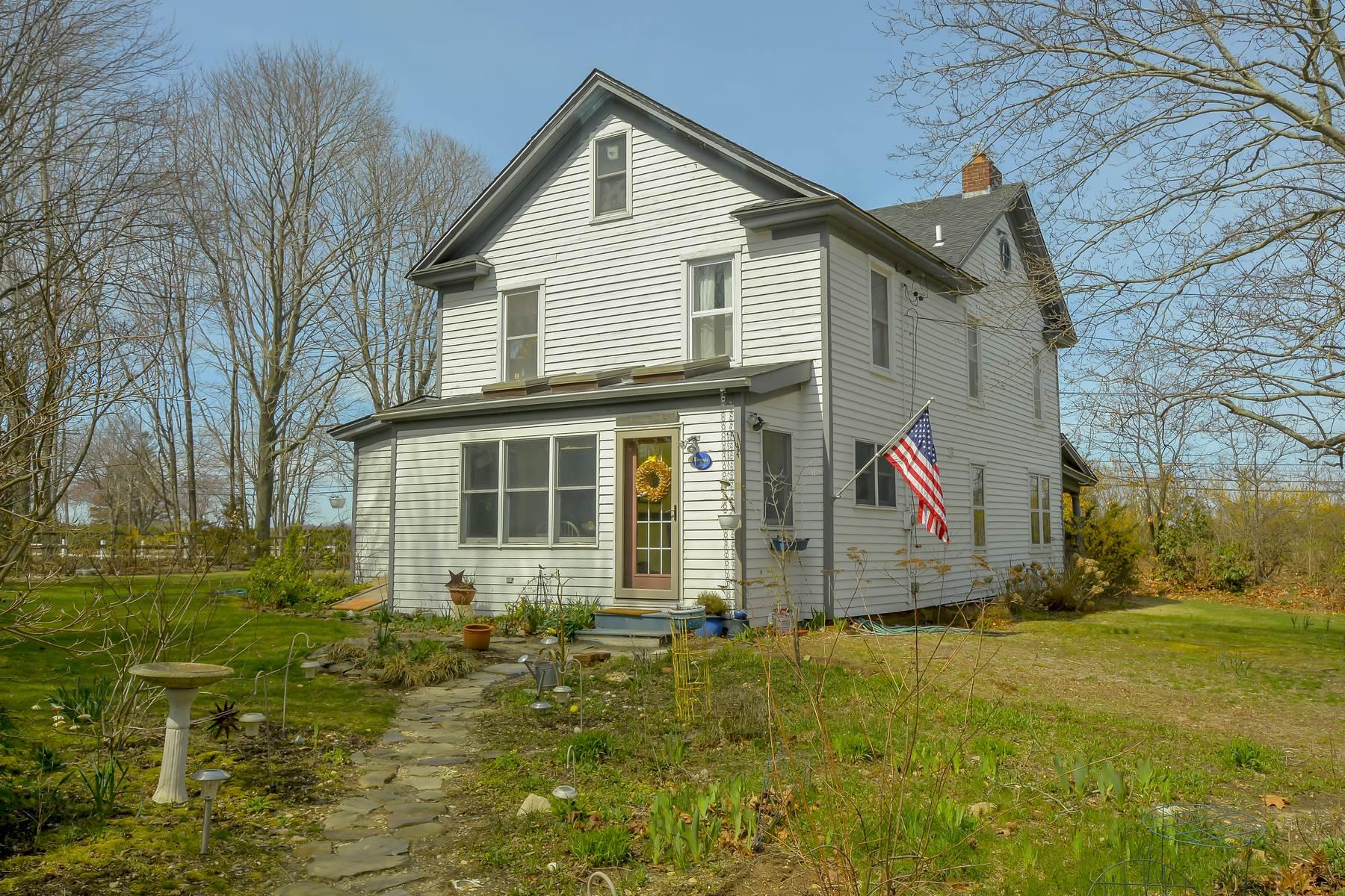 獨棟家庭住宅 為 出售 在 Antique/Hist 600 Main Rd Laurel, 紐約州, 11948 美國
