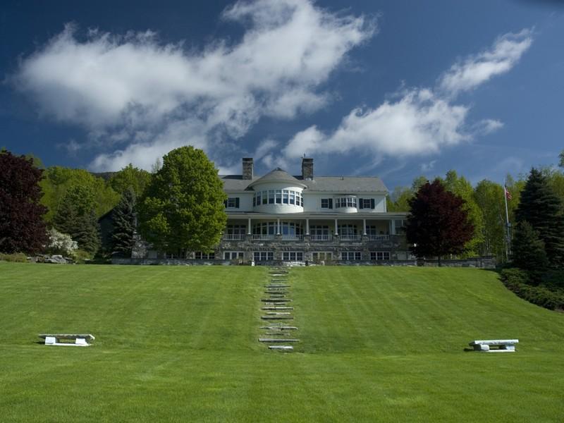 Casa Unifamiliar por un Venta en BIRCHMEADOW 415 Uphill Ln Dorset, Vermont 05253 Estados Unidos