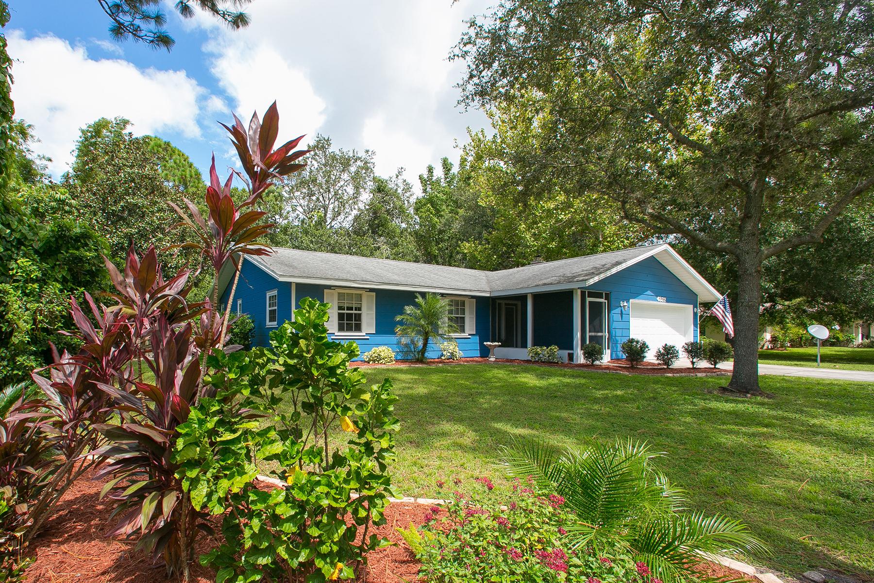 Maison unifamiliale pour l Vente à PINE MEADOW 4332 Pine Meadow Ln Sarasota, Florida, 34233 États-Unis